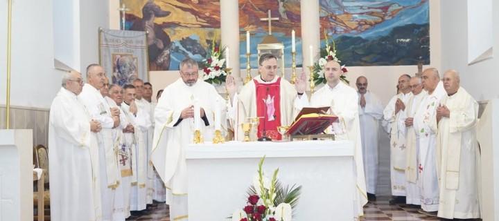 Svečana misa don Marka Trogrlića-studenačkog mladomisnika