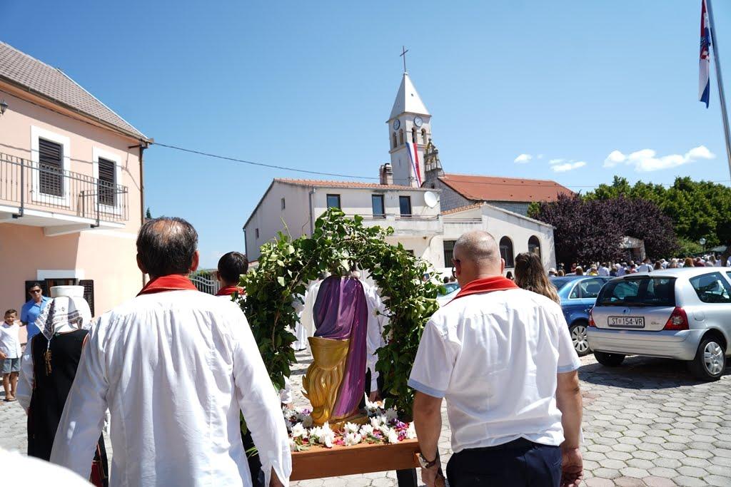 procesija 2