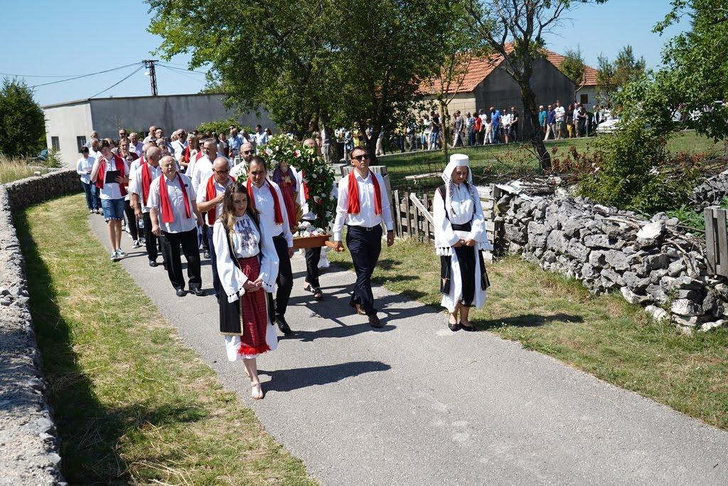 procesija4
