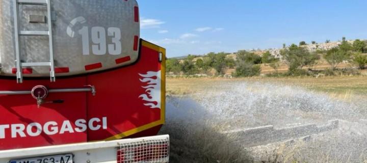 Lovrećki vatrogasci vodom protiv suše u Studencima